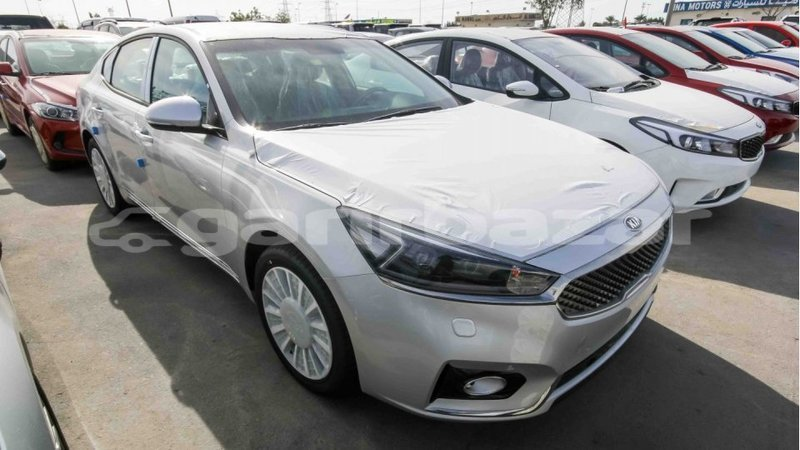 Big with watermark kia cadenza bandarban import dubai 1345