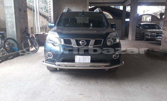 Buy Used Nissan X–Trail Blue Car in Chattagam in Chattagam